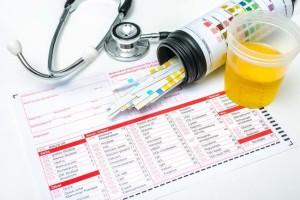 tes-urine-bisa-dilakukan-untuk-beberapa-hal-ini-alodokter