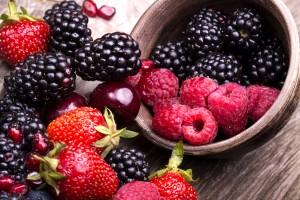12-buah-berry