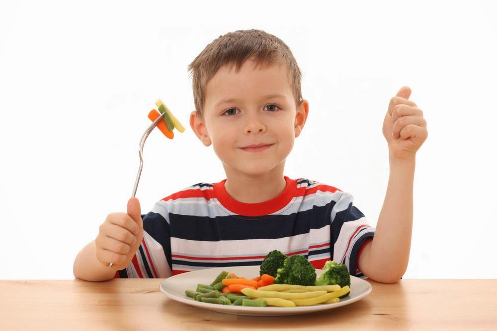 Mari Ajarkan Anak Mengonsumsi Sayur Sedini Mungkin